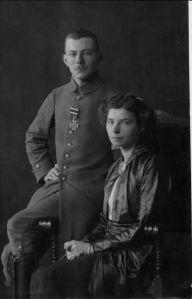 """田立克及第一任妻子Margarethe (""""Grethi"""") Wever (1888–1968)"""
