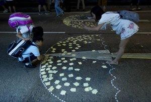 (圖片來源:http://globalnews.ca/news/1589795/why-the-umbrella-became-a-symbol-of-hong-kongs-protests/)