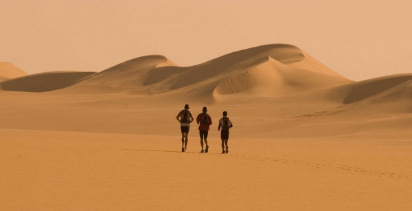 movie-desert-runners-s1